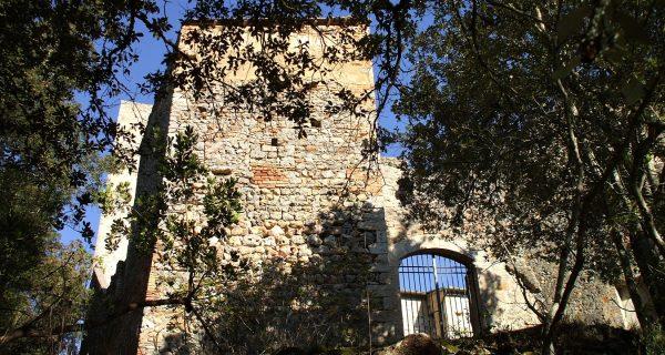 Castello Balzetti castiglion che dio sol sa Val di Merse
